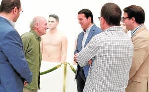 Cuatro torsos desnudos, las primeras obras del futuro Museo del Realismo