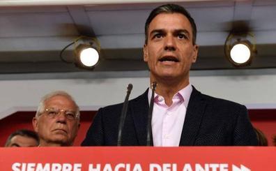 Sánchez ve más cerca gobernar en solitario tras el derrumbe de Podemos