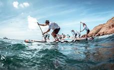 Las tablas de Paddle Surf invaden las aguas de Cabo de Gata