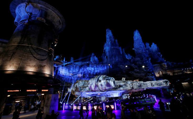 Así ha sido la inauguración de Star Wars Galaxy's Edge en Euro Disney