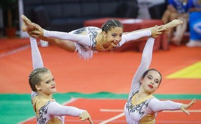 El Acróbatos logra nueve medallas en la primera jornada del Open Internacional de Gimnasia Acrobática de Granada