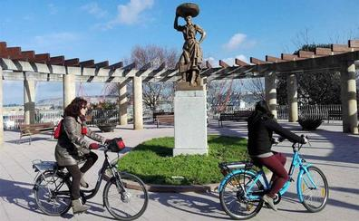 La DGT aclara que las bicis con pedaleo asistido no necesitan matriculación ni permiso