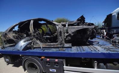 Las imágenes del coche de José Antonio Reyes calcinado tras su accidente