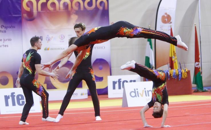 Las increíbles piruetas de los gimnastas en el Open Internacional de Gimnasia Acrobática celebrado en Granada