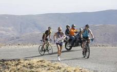 La maratón cuesta abajo desde Sierra Nevada, parte de un plan turístico de cinco días