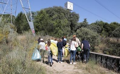 Andalucía se moviliza de nuevo con LIBERA para limpiar 39 entornos naturales