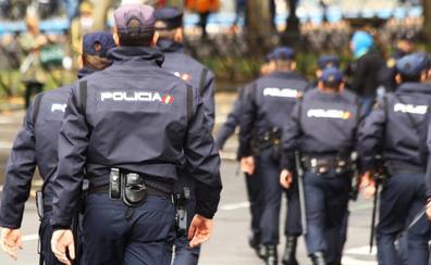 Convocan más de 2.500 plazas de oposiciones a Policía Nacional: requisitos y plazos