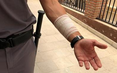 Arrestada tras agredir a un vigilante de seguridad en el centro de salud del Realejo