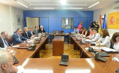 El Ministerio se compromete a favorecer la autorregulación del mercado del aceite