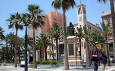 Piden 7 años de cárcel por coacciones a una alumna para el profesor británico acusado de abusar de ella en Almería