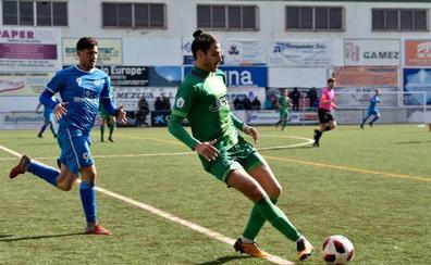 El Atlético Mancha Real renueva a Carlos Jiménez y firma a Marc Rueda