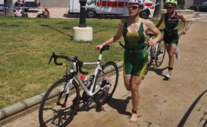 Roquetas de Mar goza con el mejor triatlón del país