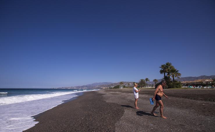 Playa Granada no precisará una regeneración de arena