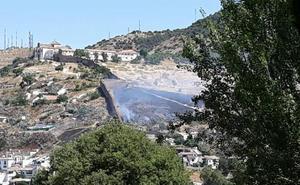 El Infoca da por controlado el incendio en San Miguel Alto