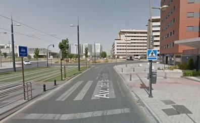 Alertan de la avería de dos semáforos muy transitados junto al PTS de Granada