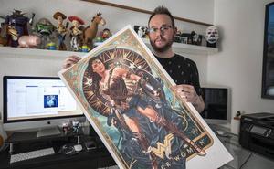 Un granadino crea pósters de cine que son auténticas piezas de coleccionismo en EE UU