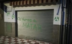 Denuncian pintadas amenazantes contra la sede de Vox en Albolote