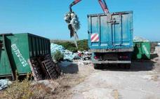 Retiran 25.000 kilos de plásticos en la jornada de limpieza de Aproa y Coexphal