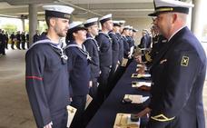 La Armada convoca 525 plazas de Marinería e Infantería de Marina