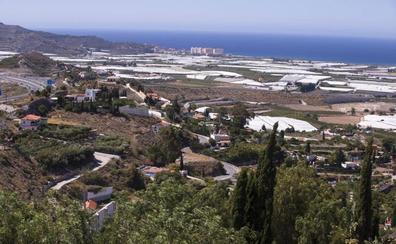 La Junta analizará «caso a caso» las viviendas irregulares en Granada para intentar legalizarlas