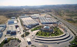 La Junta apoya ampliación del Grupo Cosentino, en la que se invertirán 719 millones