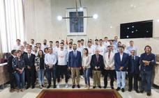 La selección española de balonmano conoce la esencia de Almería