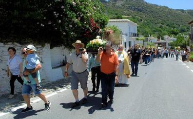 Bubión se prepara para celebrar sus fiestas en honor a San Antonio de Padua