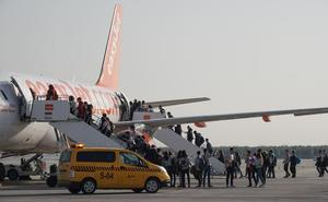 El aeropuerto Federico García Lorca incrementa un 12,3 % sus pasajeros en mayo