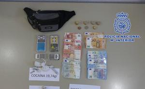 Desmantelado un punto de venta de drogas en Úbeda, con dos detenidos