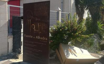 El PSOE alerta del estado de abandono de la Fuente de Alhadra