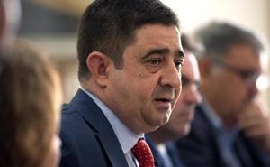 Reyes critica que PP y Cs estén «entregados a la extrema derecha» por unos presupuestos «nocivos»
