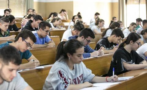 150 docentes corregirán en cinco días 32.000 exámenes