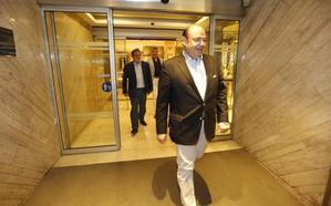 Sebastián Pérez espera firmar mañana el acuerdo con Luis Salvador para ser alcalde