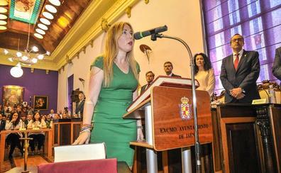 Salud Anguita (VOX): «Estaremos vigilantes de vuestros nuevos socios de Gobierno»