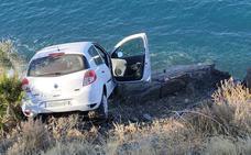 Herida grave al caer con su coche por un barranco a 70 metros en Almuñécar