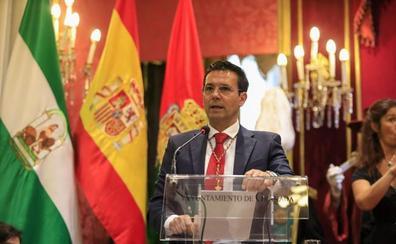 Paco Cuenca: «Las fuerzas derrotadas llegan al gobierno y no se olvida la afrenta»