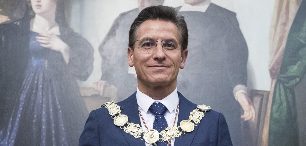 Luis Salvador se convierte en el principal barón de Cs con un pacto no escrito