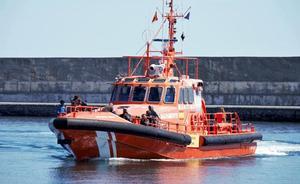 Llegan a Motril los 111 inmigrantes rescatados en el mar de Alborán