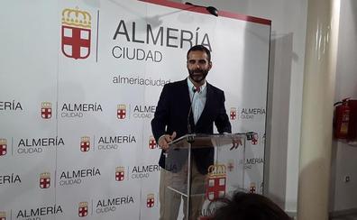 Pacheco dibuja un gobierno con diez áreas que aúpa a la independiente Cobos a la gestión de de los servicios básicos