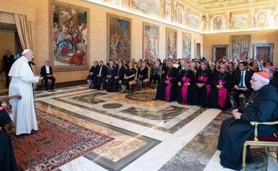 La Iglesia reflexionará sobre la ordenación de hombres casados