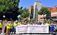 Movilización social por el uso total de las instalaciones del geriátrico de Linares