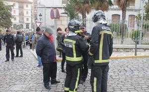 Herido por inhalación de humo en un incendio en su piso de Jaén