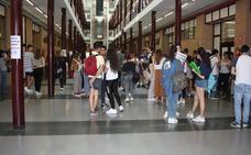 El 48% de los preuniversitarios de Almería se plantea estudiar en otros destinos