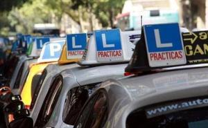 Un senegalés se hace pasar por 7 compatriotas para presentarse al examen del carnet de conducir en Granada