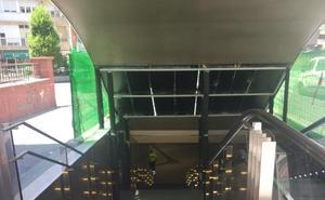 Reabre la parada del metro de Recogidas clausurada por un acto vandálico
