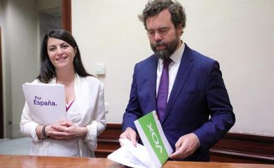 Olona: «Vox Granada se acostó el viernes con un acuerdo de gobierno a tres y el PP asumía la alcaldía»