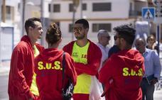 35 efectivos empiezan el servicio de salvamento y socorrismo en Almuñécar y La Herradura