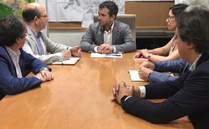 El alcalde de Jaén apuesta por optimizar la organización del área de Urbanismo