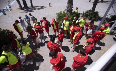 35 efectivos empiezan hoy el servicio de salvamento y socorrismo en Almuñécar y La Herradura