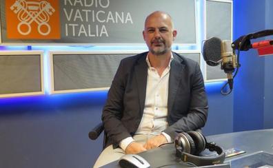El latín sigue en la radio
